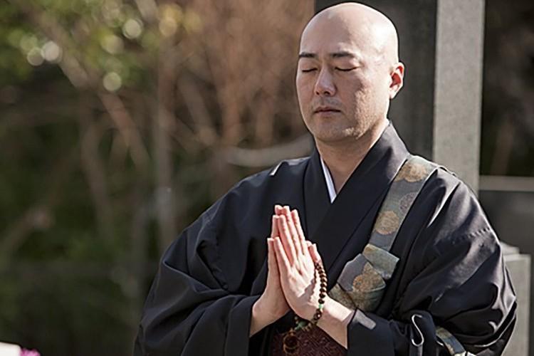 アマゾンのお坊さん便手配サービスに全日本仏教会が中止求める、世間の声は?
