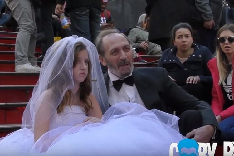 12歳の少女と65歳の男性が結婚!?ニューヨークの街角が騒然とした社会実験映像