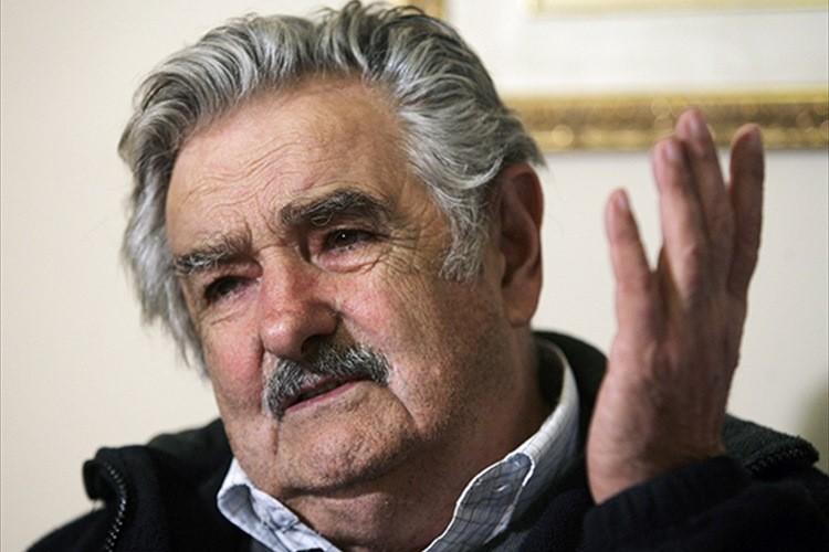 """""""世界最貧""""と言われた前ウルグアイ大統領が世界に衝撃を与えたスピーチ全文紹介"""