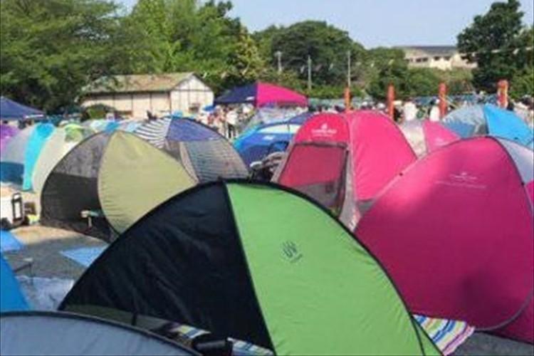 「運動会っぽい景観ではないな」立ち並ぶテント…近年の運動会の光景が話題に