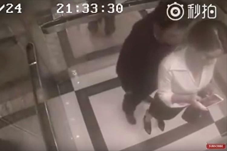 【防犯カメラ映像】襲われかけた女性が男性に反撃!あまりにも衝撃的な結末