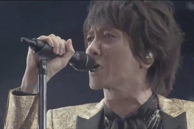 「涙が出た」イエモン15年ぶり全国ツアー 開幕! 1曲目の大規模生中継にファン歓喜!