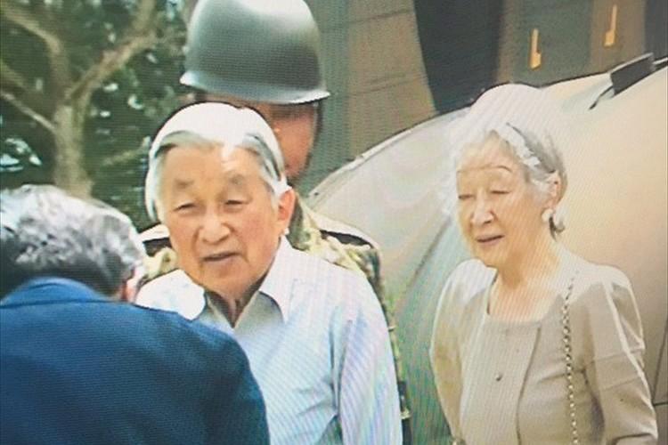 「県民が勇気や希望を持てる」両陛下、被災地で一人ひとりにお声がけ 被災者は涙