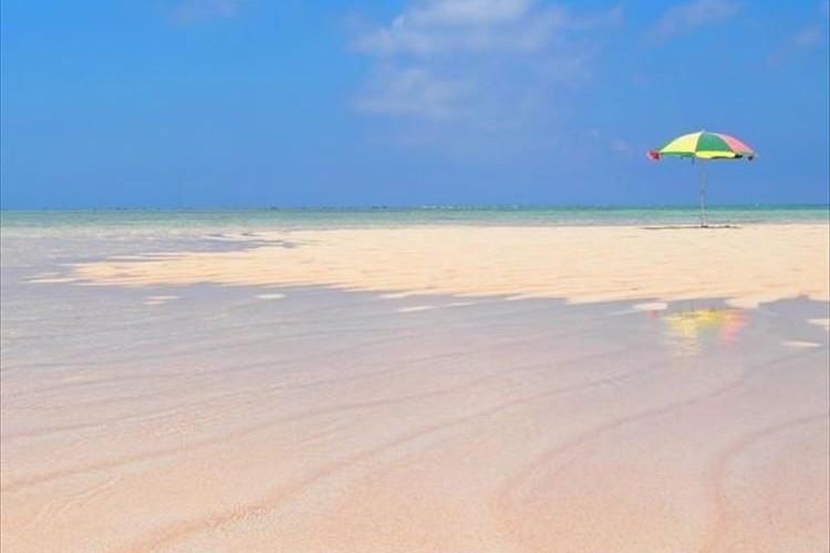 """【幻の白い砂浜】鹿児島県の""""百合ヶ浜""""が美しすぎて天国みたい!!"""