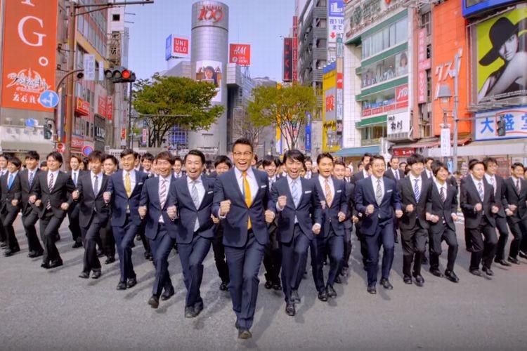 【WORLD ORDER新作】100人のダンサーが渋谷スクランブル交差点を闊歩する!