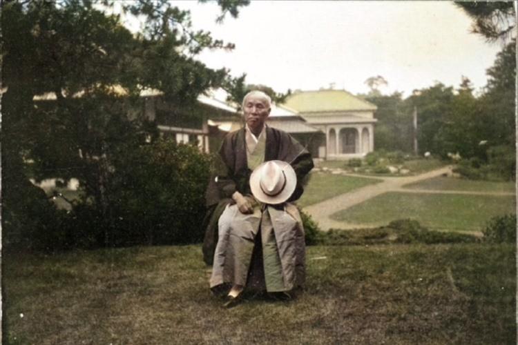 """これは凄い!100年前の""""大隈重信のカラー写真""""早稲田大が人工知能技術で実現!"""