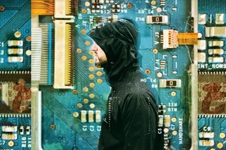 全ての仕事を自動化→6年間働かず年収1,000万円を稼いでいたプログラマーの末路