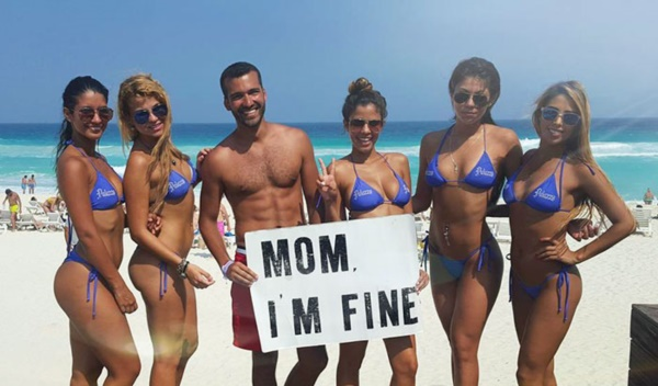 mom-im-fine-guy-travels-around-the-world-jonathan-quinonez-21r