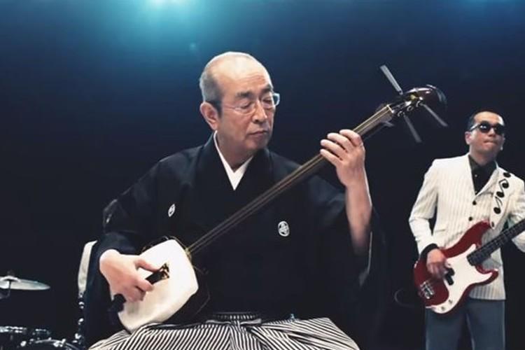 志村けんが津軽三味線でスカパラとコラボ!こんな真剣な顔見たことない!!