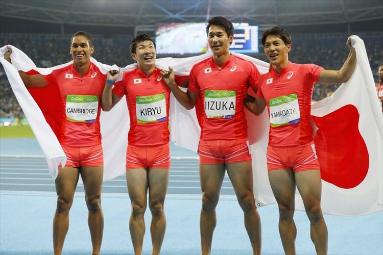 陸上400mリレー史上初の銀! 米国破り歴史変えた! 37秒60の日本新&アジア新記録!