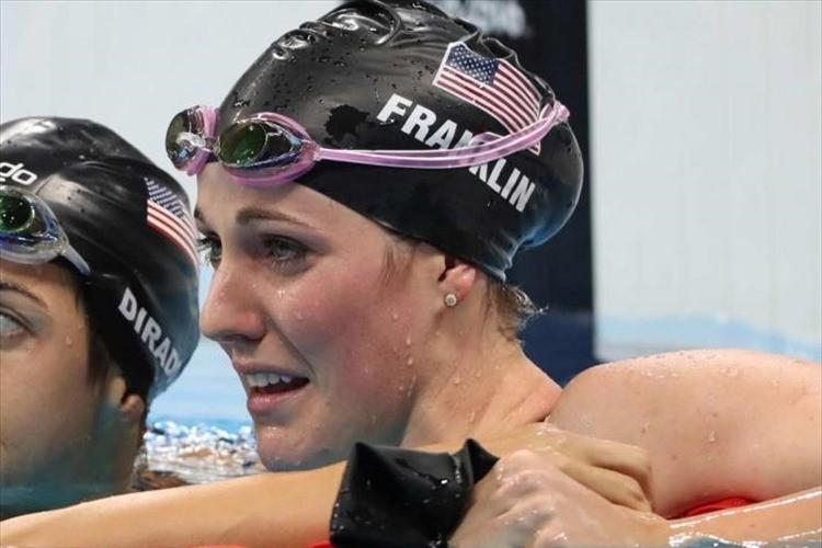 リオ五輪 米・水泳選手が結果を出せず失意のどん底に…帰宅すると温かいサプライズが!