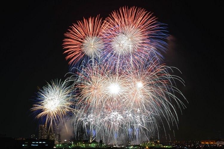嘘でしょ…本当にショック「神奈川新聞花火大会」が来年から休止 安全面に問題