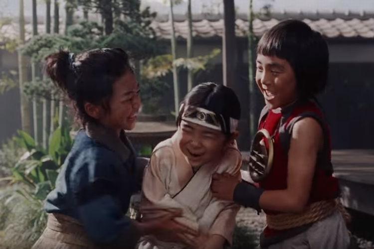 三太郎たちの幼少期に、こんな感動秘話が…auの人気CM、最新作は『出会い』