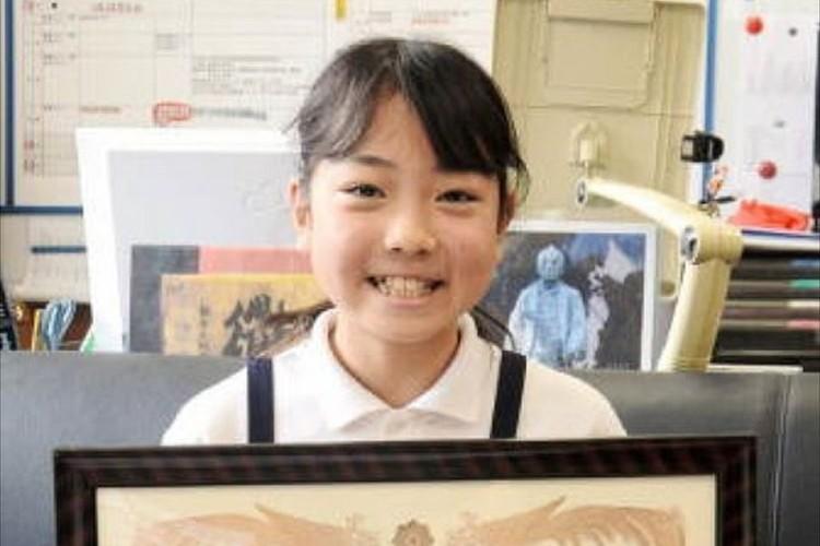 小学5年生の少女が迷子になっていた女児をおんぶして1km歩く 無事に家族のもとへ!