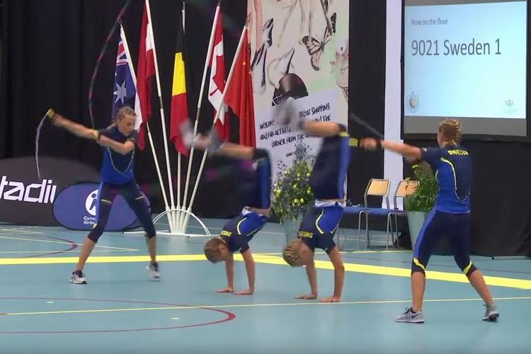 神技連発!!ダブルダッチ世界大会でのスウェーデン美女たちの演技が演技がすごすぎる
