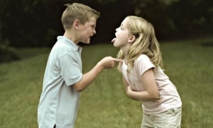 「好きでない人と仲良くしなくてもいい。」そう教える海外の小学校、ただし...