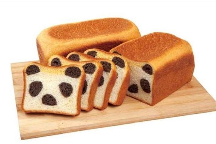 どこで切ってもパンダだらけ! 金太郎飴的発想の「どこでもぱんだパン」が新発売!