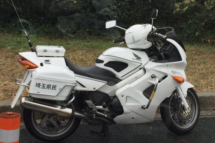 この白バイ「埼玉県警かと思ったら埼玉県民だった」騙されたけど間違いじゃない