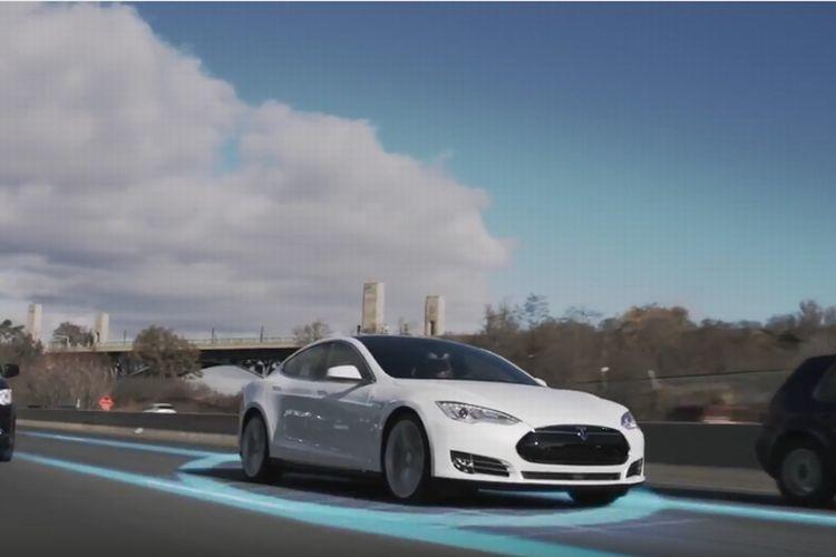 これがテスラモーターズの「完全自動運転機能」だ!とても分かりやすいデモ映像