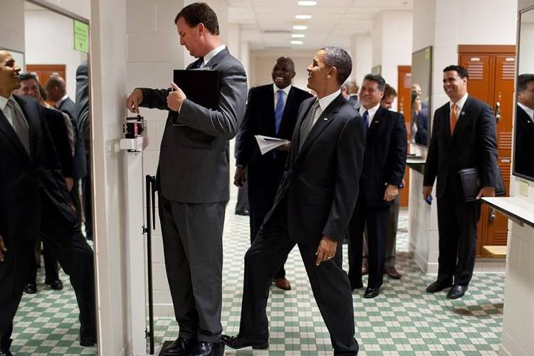ホワイトハウス専属カメラマンが8年間で撮ったオバマ元大統領のおちゃめな素顔