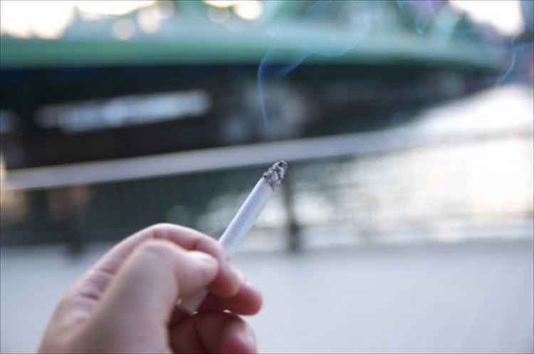 「姪っ子の目にタバコの灰が...」無自覚な喫煙者のせいで眼科で削ることに