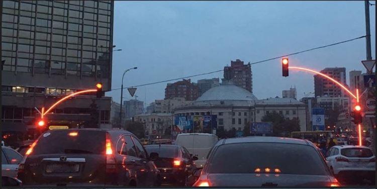 これはいい!ウクライナの街にある信号がとても見やすくて話題に!