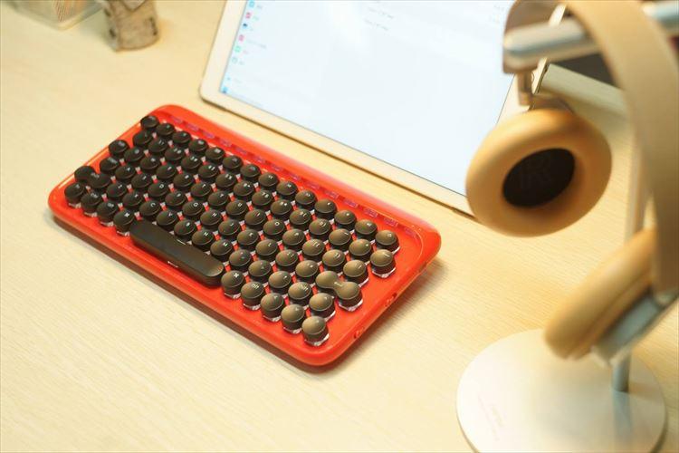 自分好みにカスタマイズできちゃう!?タイプライター風のキーボードがめちゃくちゃ可愛い!