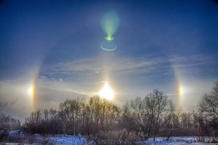 """【自然が織りなすアート】マイナス30度…極寒のモスクワ上空に""""氷の虹""""が出現!"""