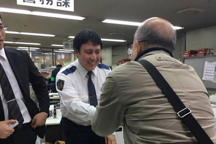 「これが日本人の凄いところ」京都で財布を落とした外国人が日本人を称賛した理由とは
