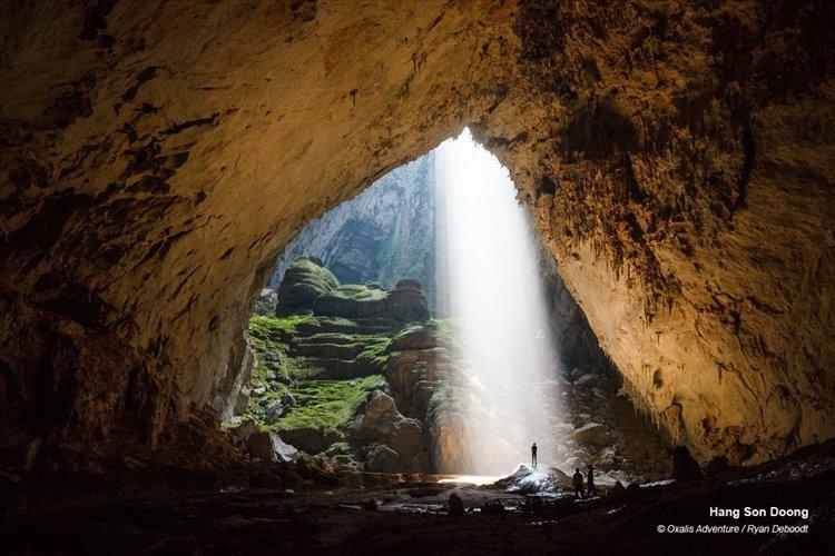 とてつもないスケール! 世界最大の洞窟「ソンドン洞窟」が高層ビルも入る大きさ