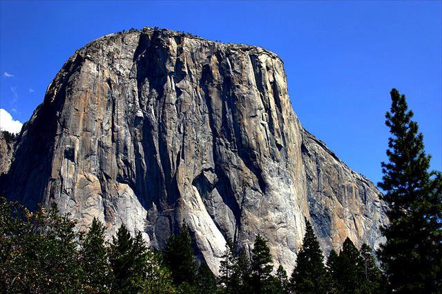 800px-Yosemite_El_Capitan_R