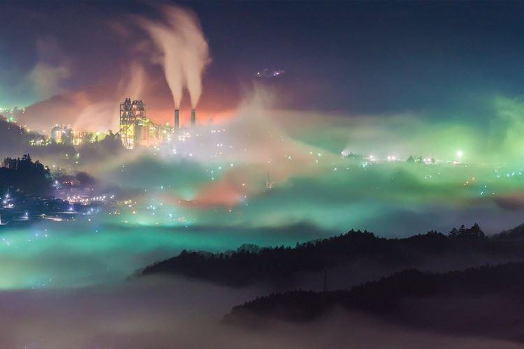まるでファンタジーの世界にいるよう…秩父で撮影された雲海が幻想的だった!