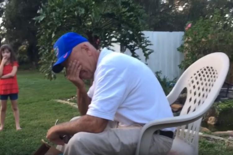 【もらい泣き注意】66年間色盲の父に色覚補正サングラスをプレゼント、初めて見る色に思わず涙