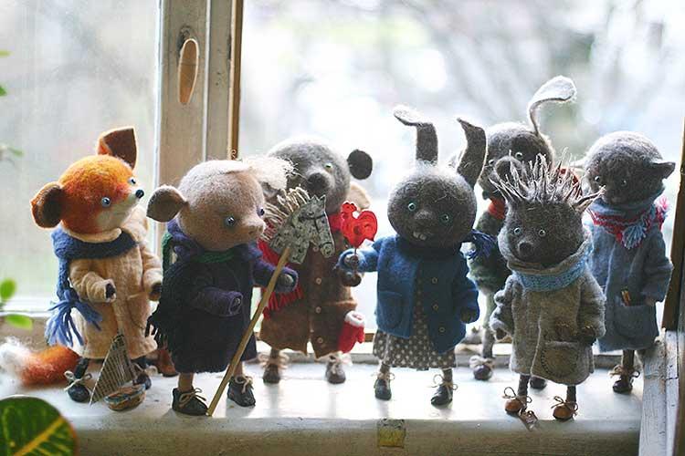 こんな人いる〜!! 人間のように表情豊かな動物たちのフェルト人形が可愛いと話題に!