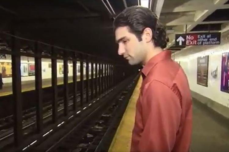 「自分がいなければ、あの人はひかれていた」線路に落ちた人を救助 緊迫の一部始終を公開