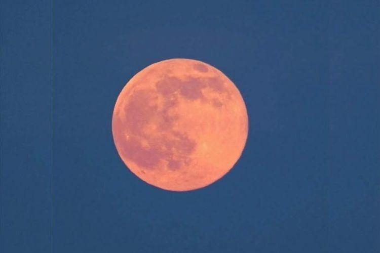 今年の『ストロベリームーン』は6月9日!年に1度の赤い満月を大切な人と見よう!