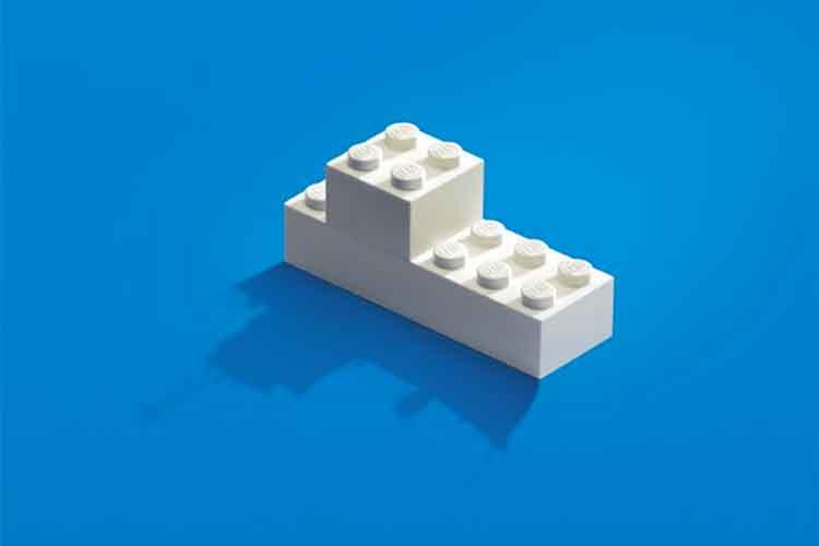 【想像力全開】大人になって失ったものを思い出させてくれる、レゴ広告に触発される!