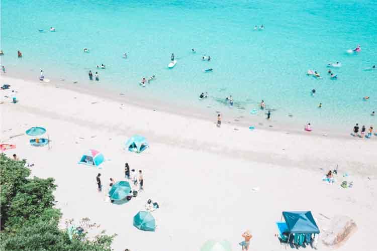 """これが日本?""""船が宙に浮かんで見える海""""で有名な高知県柏島の写真が美しすぎる!"""