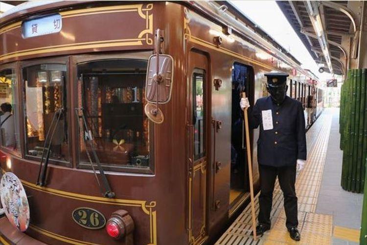 妖怪に変装すれば運賃50円に!「嵐電妖怪電車」が運行…京福電気鉄道の嵐山本線
