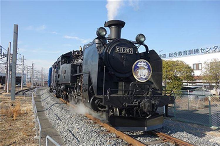 東武鉄道のSL列車が51年ぶりに営業運転をスタート!昭和レトロを感じさせる外観などはそのまま