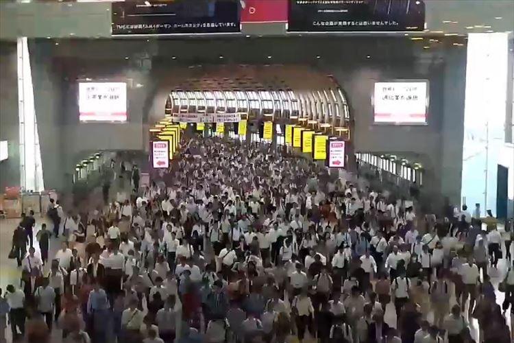 途切れることのない人、人、人…品川駅の平日朝の様子をとらえた動画に反響