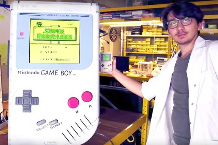 「デカすぎるだろっ」ギネス認定の超巨大なゲームボーイが誕生!しかも操作可能