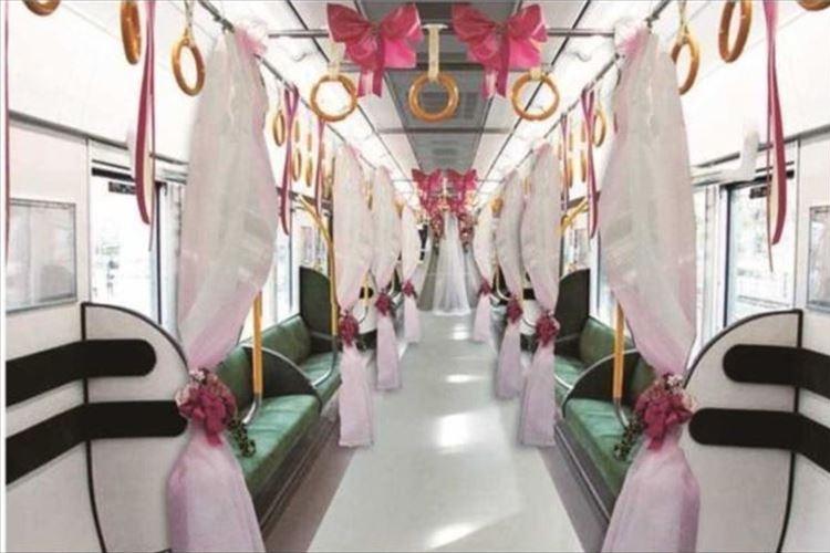 車両を貸切で結婚式!「ブライダルトレイン」が特別運行…大阪環状線新型車両323系