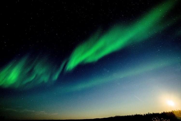北海道で赤いオーロラが見られるかも!?9月8日と9日は空を眺めてみよう!