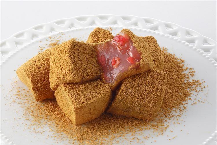 「料亭わらび餅」といちごがコラボ!『いちご入りわらび餅』が美味しそう♪