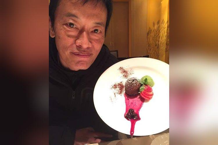 【悲報】俳優・遠藤憲一さん、サービス精神がダダ漏れゆえ、ソースがダダ漏れ