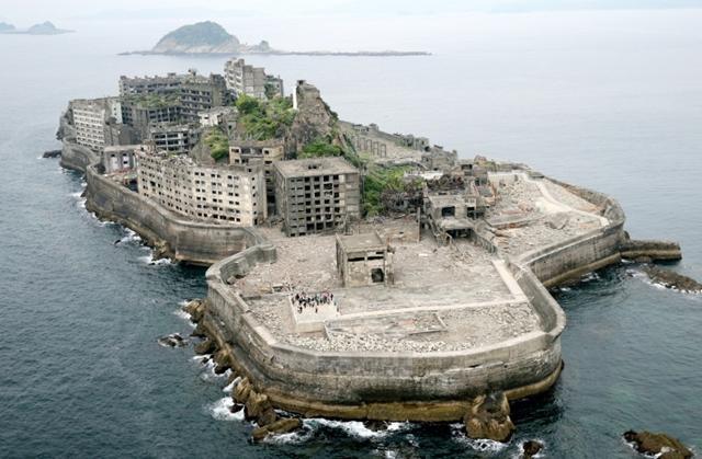 世界の不思議な廃墟島5選!軍艦島に幽霊島、一度は行ってみたい島たち!