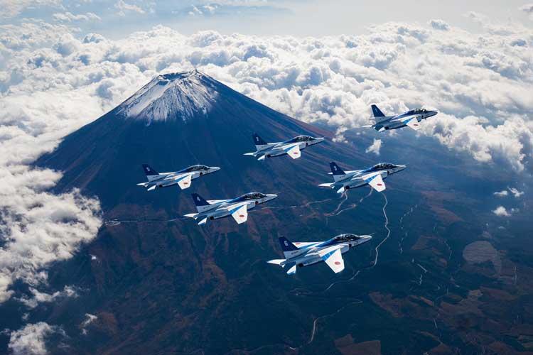 2月23日は「ふじさんの日」だった… 「大和魂」「日本かっこいい!」富士山と自衛隊機コラボ特集!