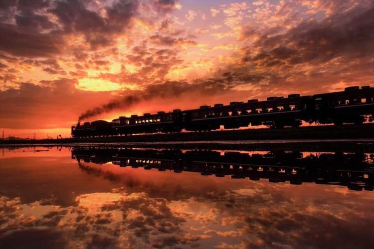 幻想的で素晴らしい!4枚の鉄道写真が美しすぎて感動する!