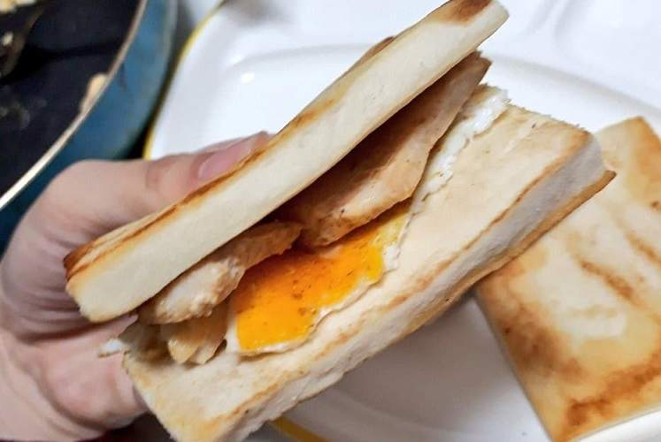 """【激うまサンドイッチ】減量中なら、パンの代わりに""""アレ""""を使えばいいじゃない【低糖質】"""